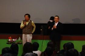 伊勢監督(左)と細谷医師(右)