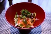 有機水菜と天然ホタテの梅ソースのサラダ