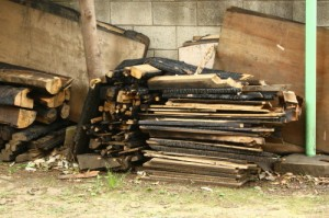 燃えてしまった建物の一部