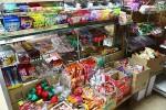 懐かしい駄菓子の数々