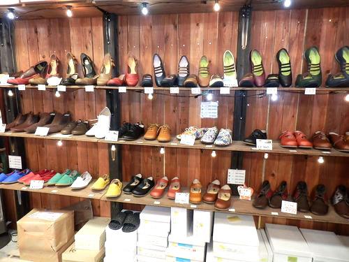 旅靴屋 店内1