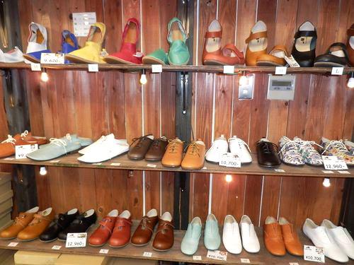 旅靴屋 店内2