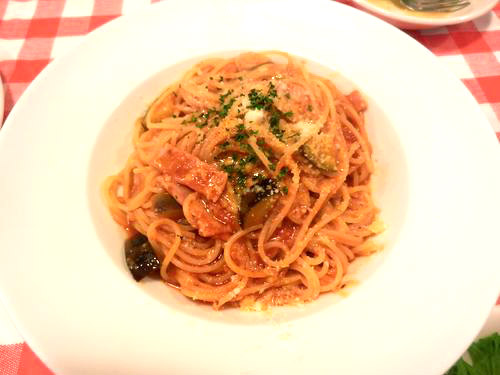 茄子とベーコンのトマトスパゲティ