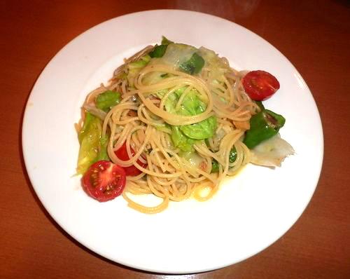 野菜たっぷりのペペロンチーノ