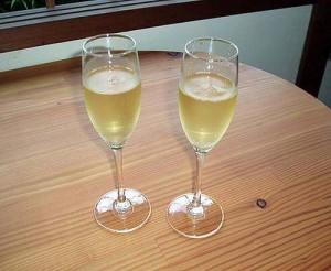 シャンパンを・・