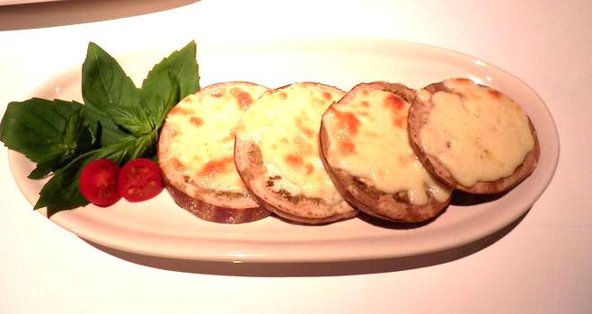 カプリスのチーズ焼き