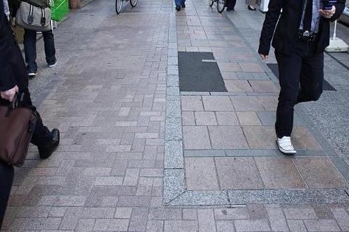 クレアモールの石畳